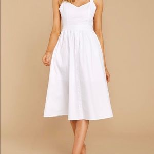 Red Dress Boutique White dress size XS
